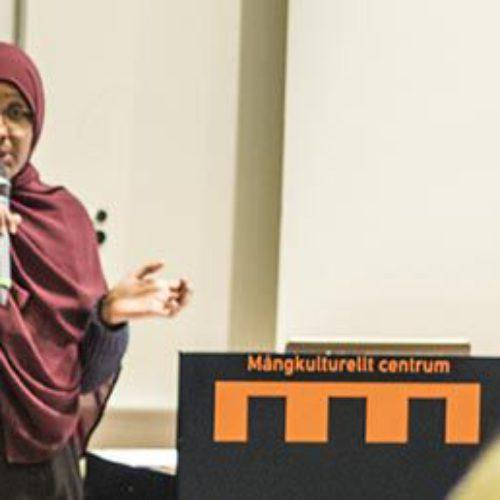 Muslimska kvinnors egna röster i unik rapport
