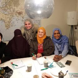Kvinnor möts för utveckling och gemenskap